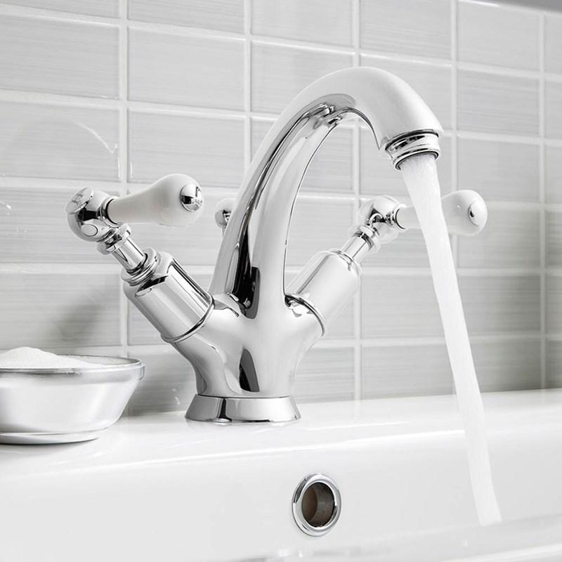 Traditional Bathroom Basin Mixer Taps