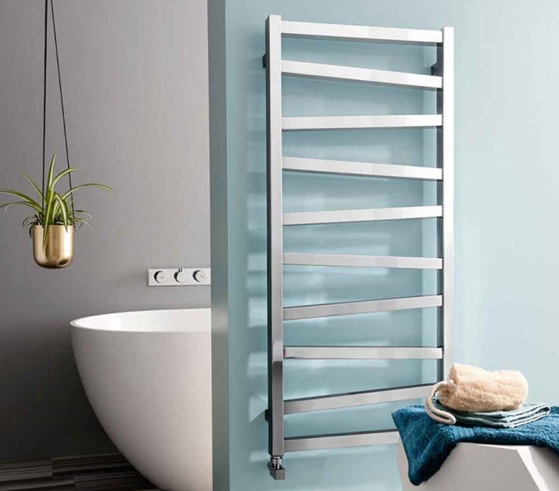 Bauhaus Wedge mild steel radiator with chrome finish